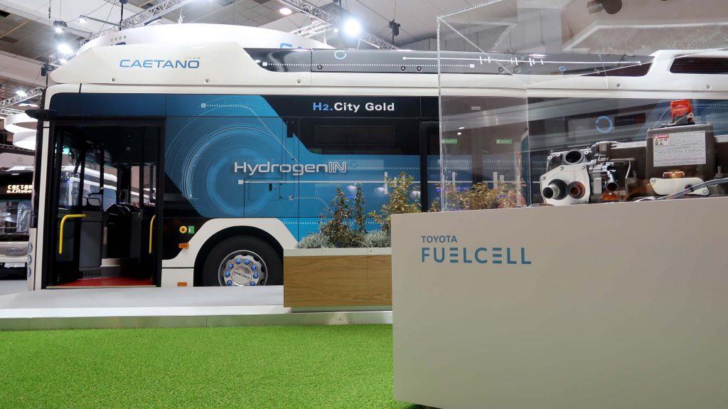 toyota hidrojen yakıtlı otobüs